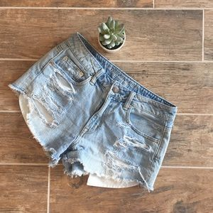 AEO Distressed High Rise Festival Shorts. Size 4